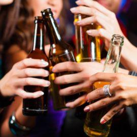 L'alcol è il più grande fattore di rischio Alzheimer